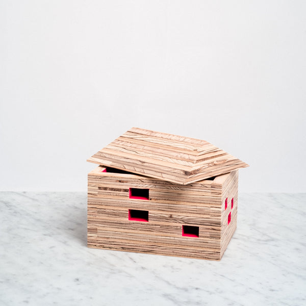 PIVOTO HOUSE BOX, MADE WITH RECYCLED WOOD, JAPANESE DESIGN, MADE IN JAPAN