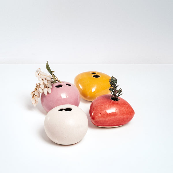 COLORFUL PORCELAIN OKADA PEBBLE BUD VASES, HANDMADE IN JAPAN, JAPANESE DESIGN