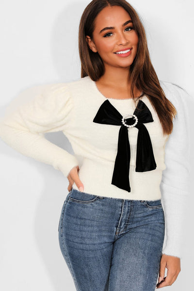 WHITE VELVET BOW DETAIL FLUFFY KNIT PULLOVER