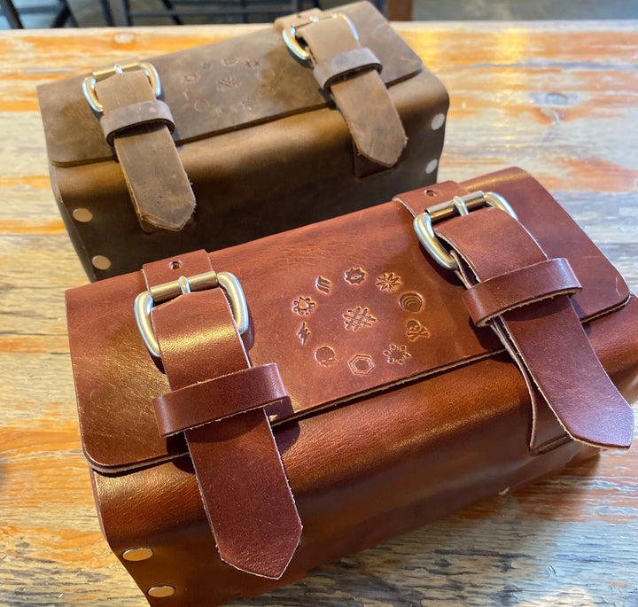 ColsenKeane - Leather dice or mini case