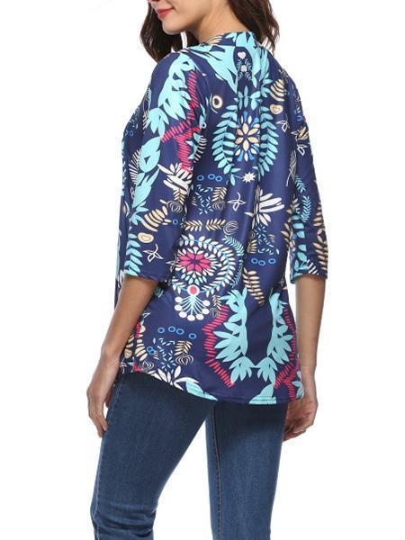 The New Women's Floral Print  T-shirt with a Seven-point Sleeve.