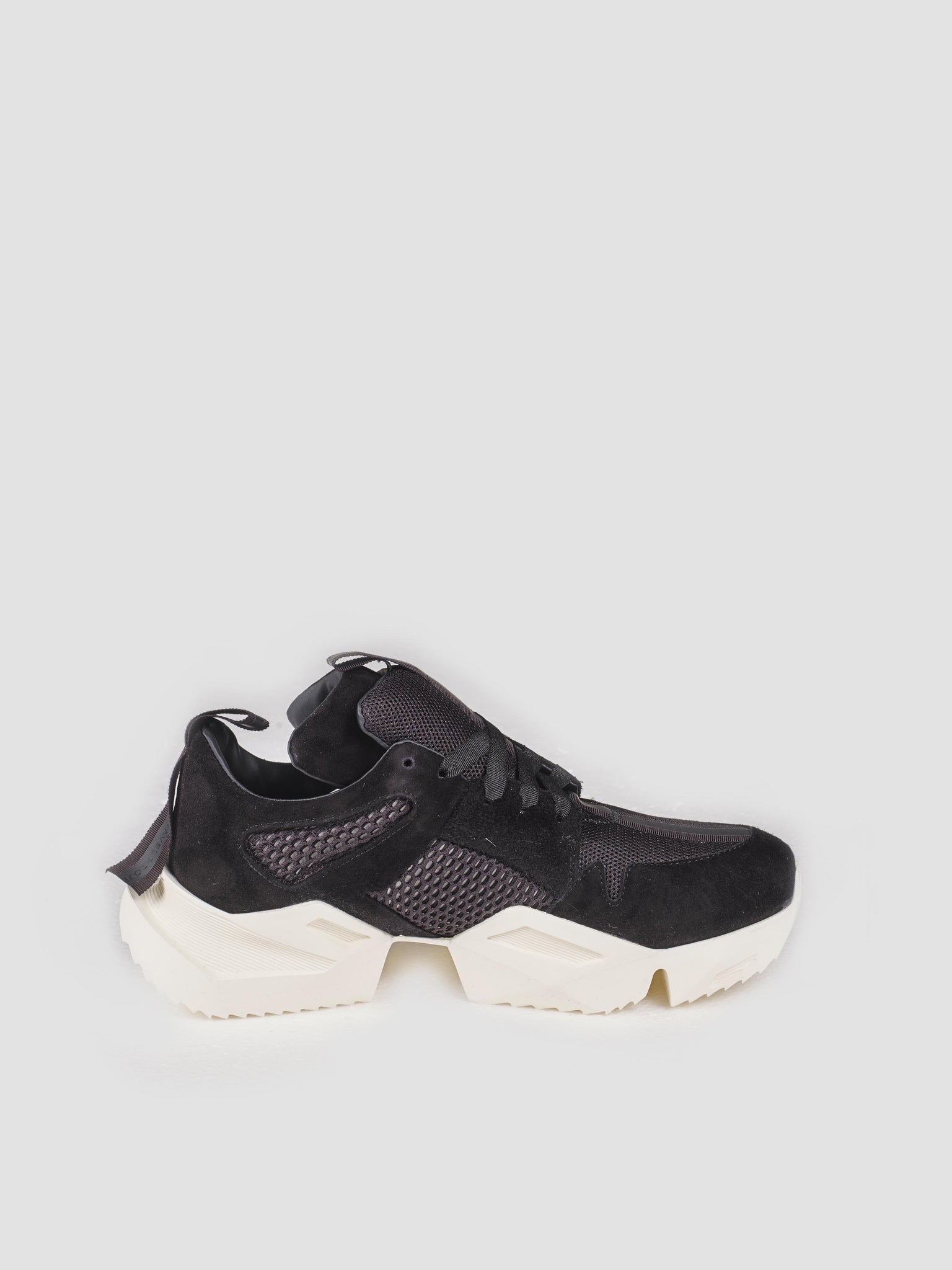 Unravel Black Low Sneaker with White Sole