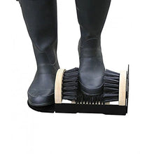 Garland Wellie Wiper Hardwood Brush Clean Muddy Boots Shoes Wellies Wellingtons