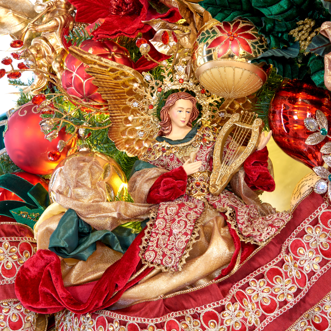 Luxury Christmas Nativity Decorations Ornaments and Figurines