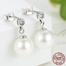 Load image into Gallery viewer, Sterling Silver Freshwater Pearl Drop Earrings
