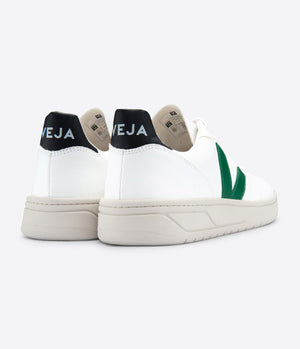 Veja V-10 Vegan Bastille in White, Emeraude & Black
