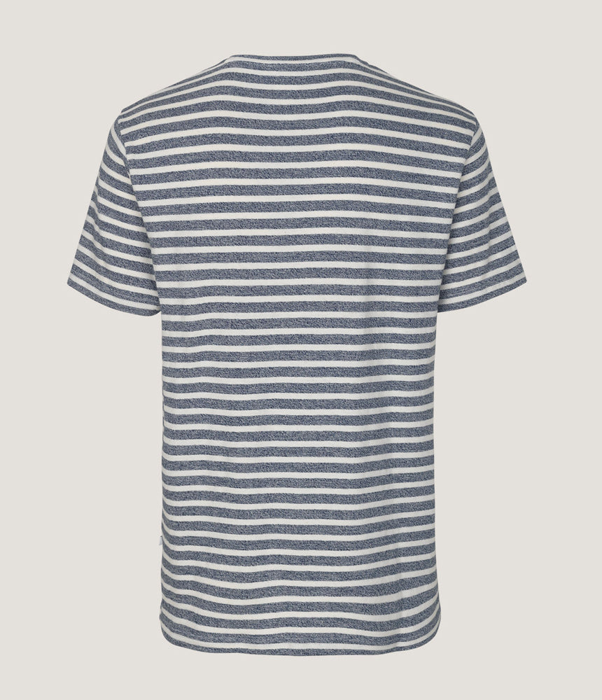 Samsoe Samsoe Broby Striped Tee in Dark Sapphire Stripe - Man - bloke-white-denim