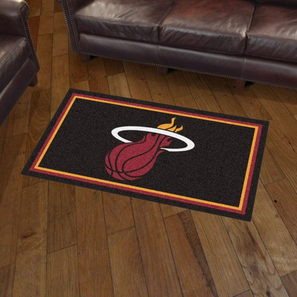 NBA - Miami Heat 3'x5' Plush Rug 3' x 5'
