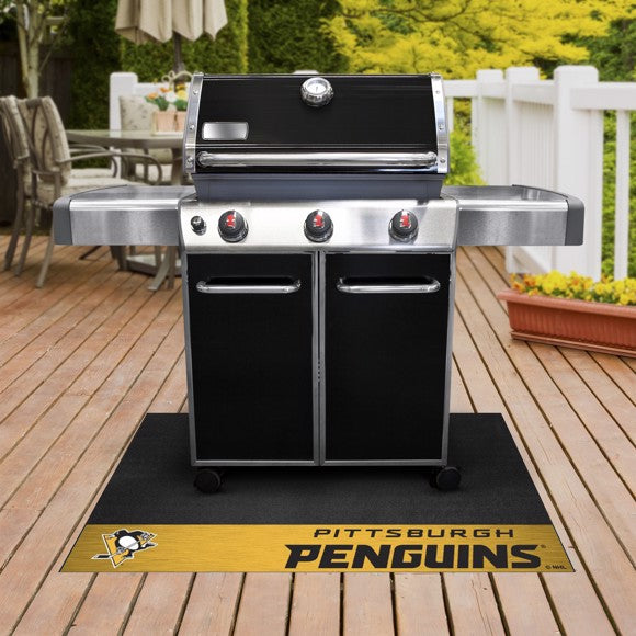 "NHL - Pittsburgh Penguins Grill Mat 26"" x 42"""