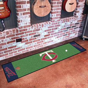 "MLB - Minnesota Twins Putting Green Mat 18"" x 72"""