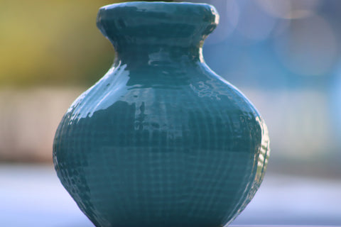 $3 Blue porcelain decorative vase