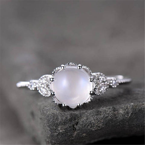 ZHIXUN Moonstone Rings for Women Vintage Tibetan Ring Water Drop White Stone Ring Female Fashion Jewelry Wholesale Size 6-10
