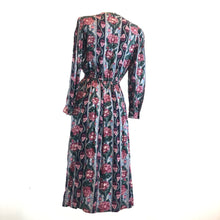 Load image into Gallery viewer, Vintage Flower: Hey Mama Dress