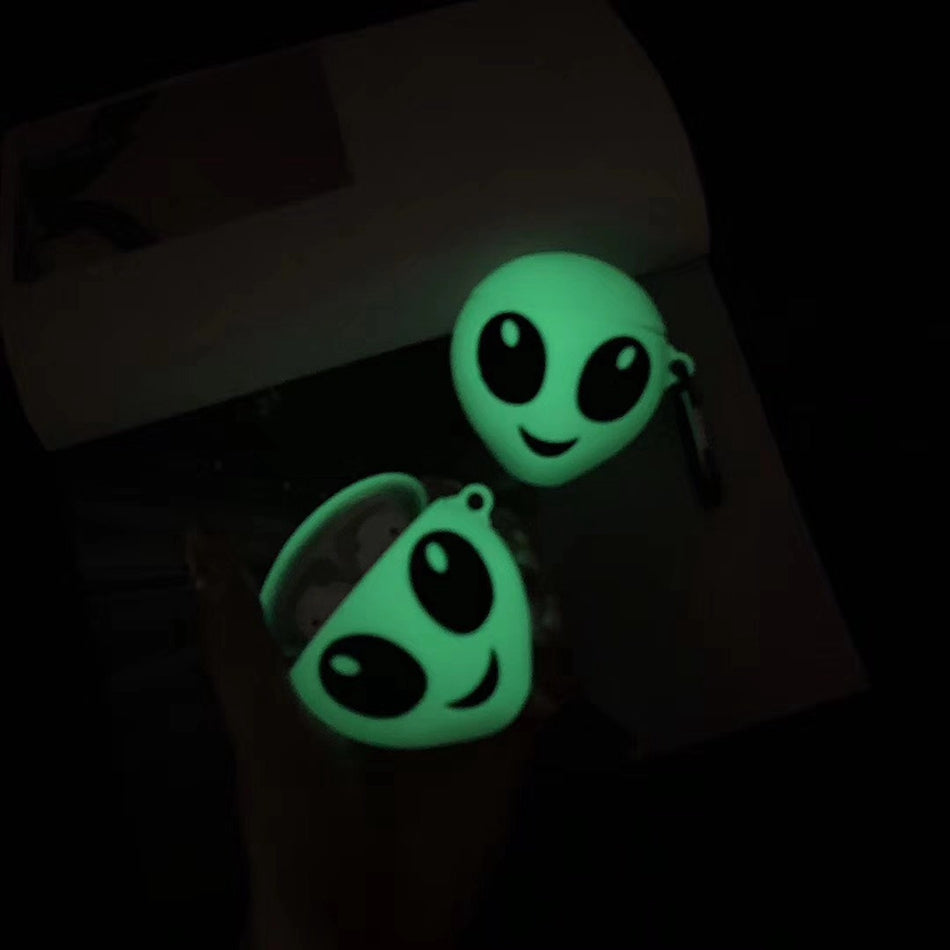 Friendly Alien Case For AirPods