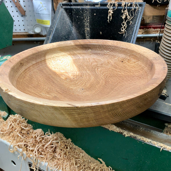 Crafting a Salad Bowl From a Much Loved 2-Century Old Oak Tree