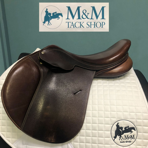 SOLD - Collegiate Convertible Diploma Close Contact Saddle