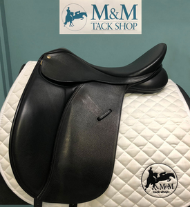 Collegiate Convertible Dressage Saddle