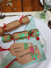 Load image into Gallery viewer, Mini Favour Crackers: #peaceandcraft Workshop Project 2020