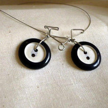 Load image into Gallery viewer, Vintage Button Bicycles: #peaceandcraft Workshop Project 2020