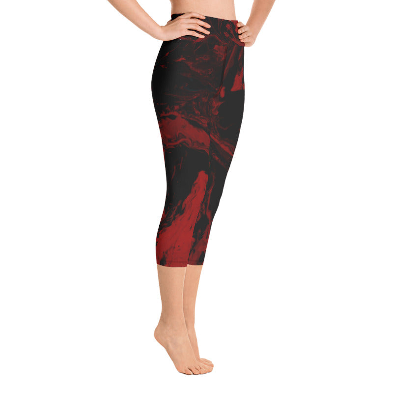 """Fluid Black and Red"" High-Waist Capris"