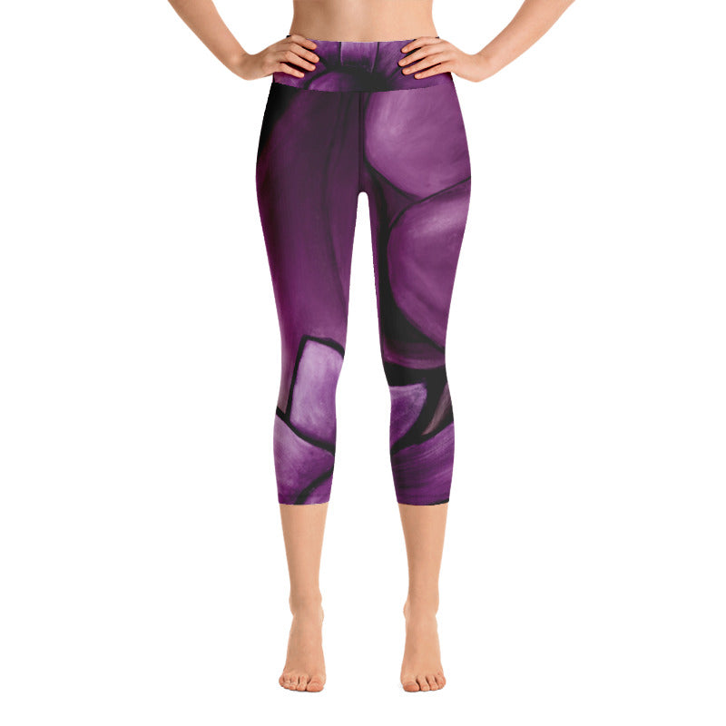 """White Flowers on Amethyst"" Art Athleisure Capri"