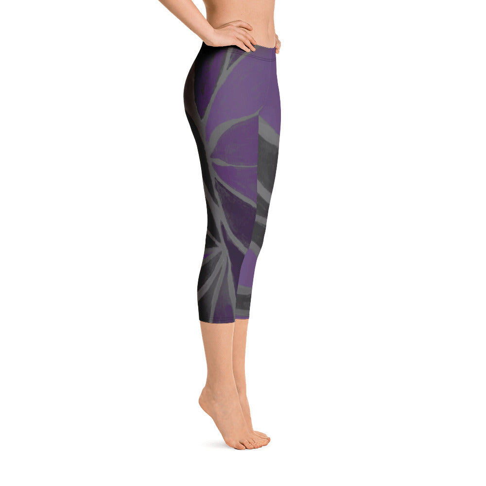 """Purple Leaves Paws and Claws"" Regular-Waist Capris P"
