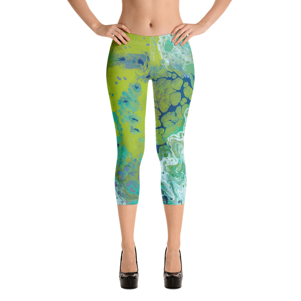 """Fluid Lime"" Regular-Waist Capris"