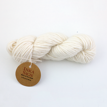 Load image into Gallery viewer, Ivory Alpaca Wool Chunky Yarn Sierra Yarn