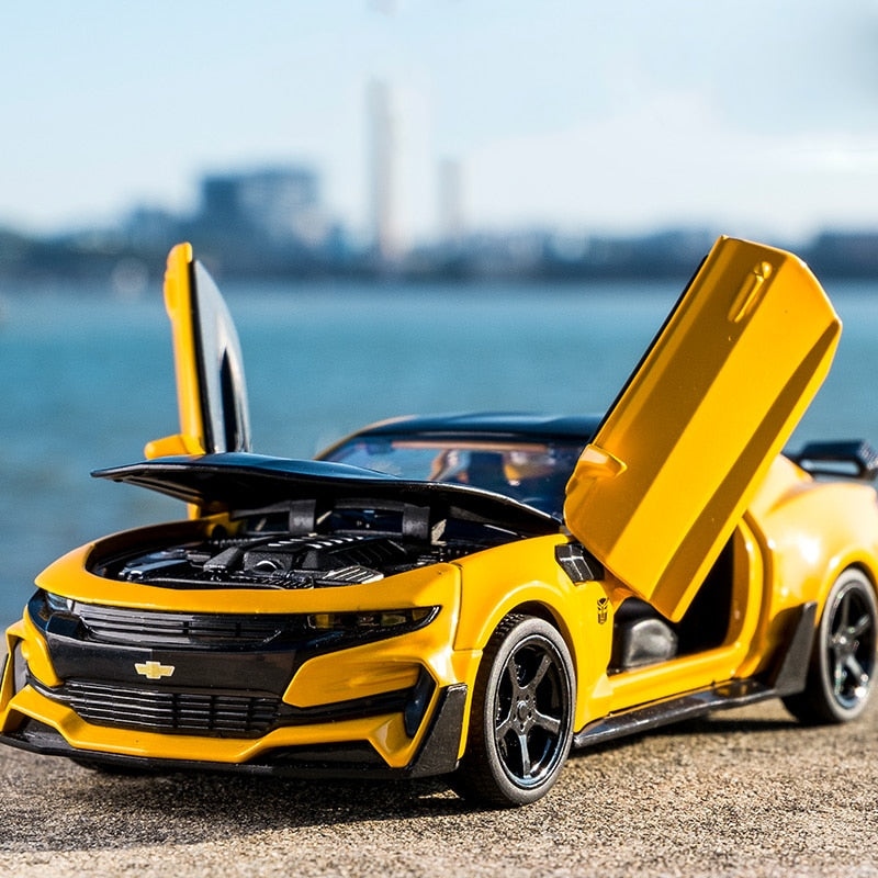 1:32 Simulation Alloy Super Car Chevrolet Camaro Bumblebee Model Pull Back  Sound Light