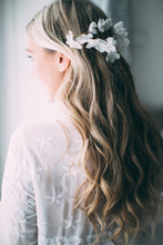 Load image into Gallery viewer, by Katriin bridal – silk flower bridal hair vine www.katriin.com pruutide peaehted pruudi juuksekaunistus
