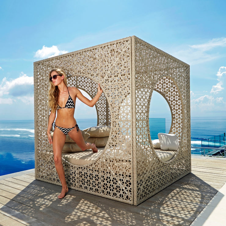 Cube Daybed