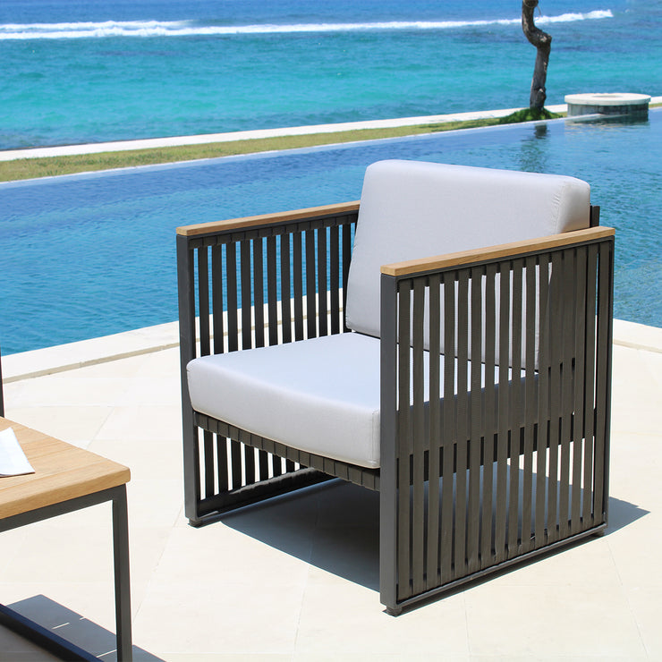 skyline designs stunning outdoor quality armchair
