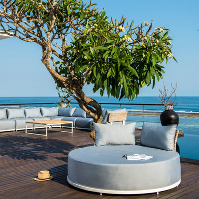 quality outdoor upholstered daybed by skyline design
