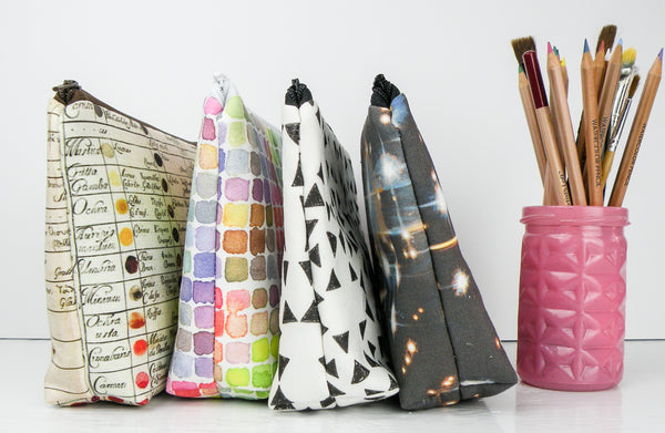 Triangle Zipper Pouches Makeup Bags Large Pencil cases