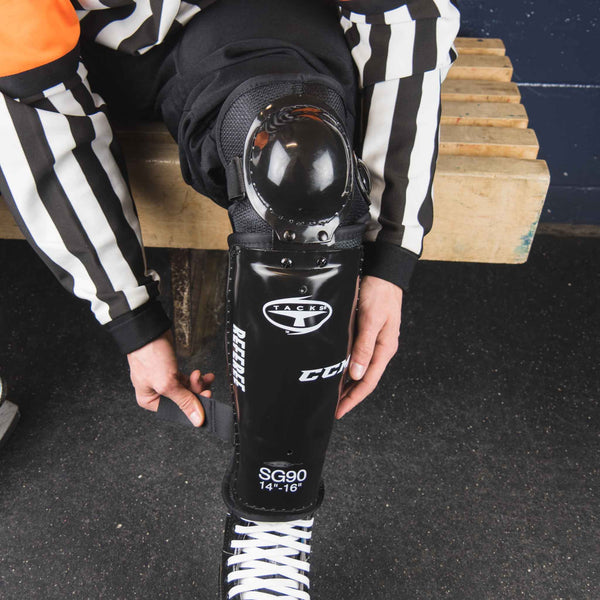 Hockey_Referee_Shin_Guards_CCM_Tacks_SG90