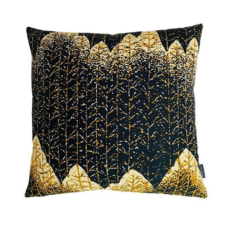 Mumutane_reststof_leftover_fabric_overskudstekstil_zero_waste_puder_pillow_Mountain_bjerg_Isolo