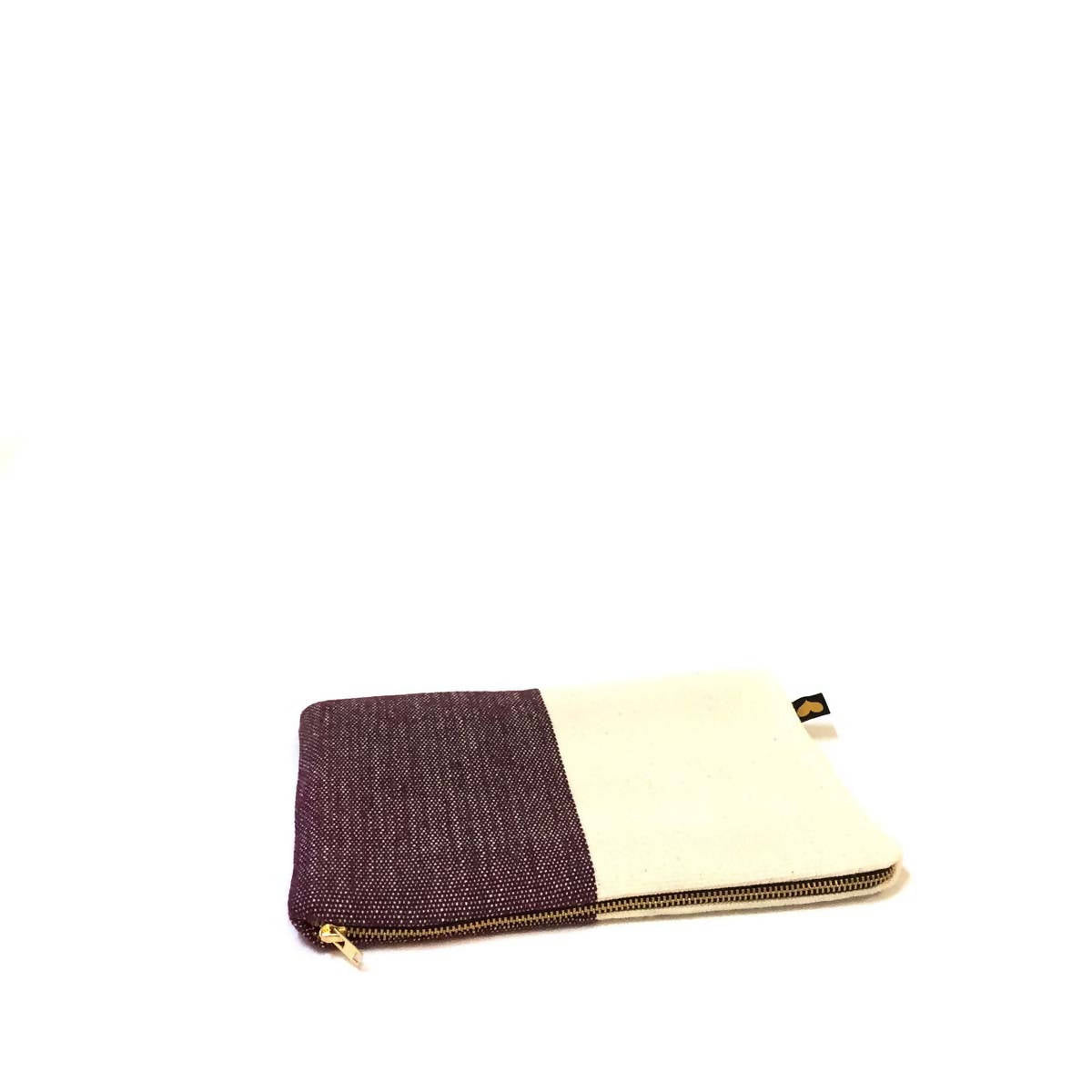 Image of   Clutch, aubergine/natur