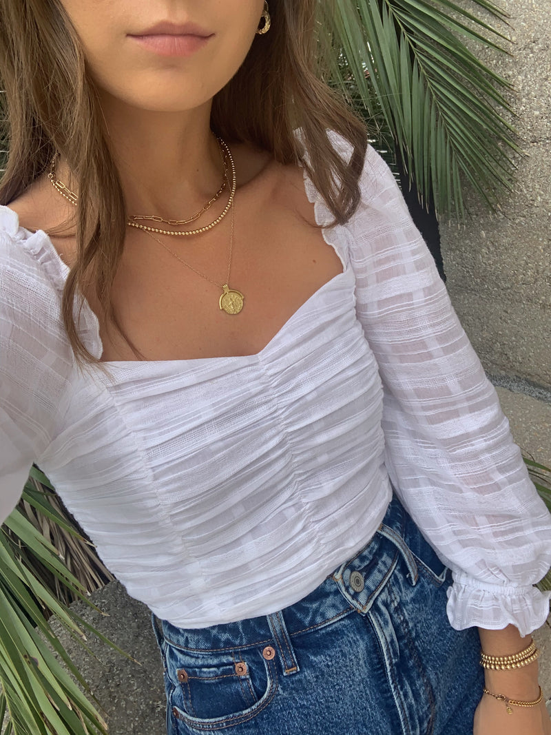 womens trendy white long sleeve crop top