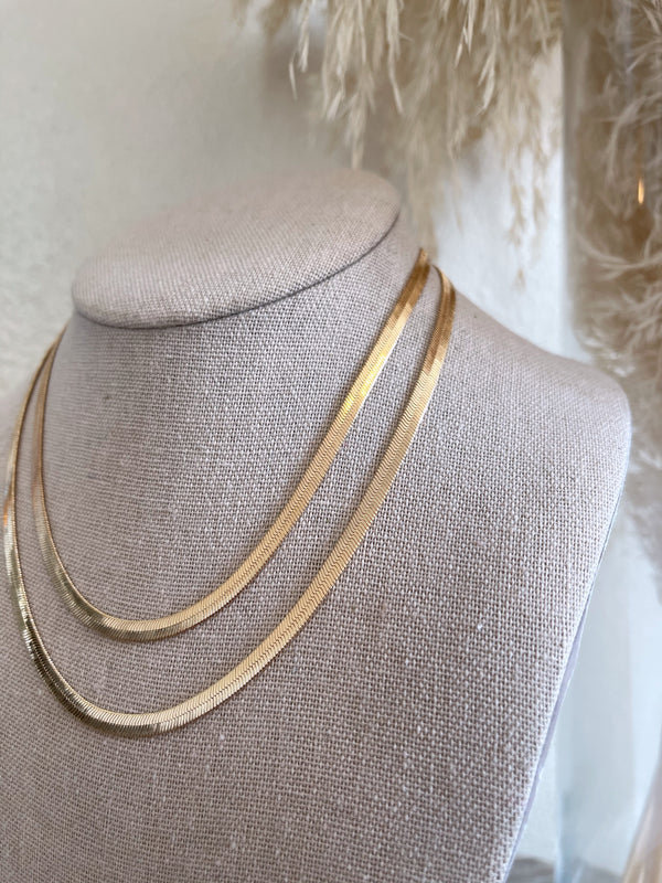womens trendy gold herringbone necklace