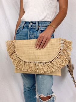 womens straw fringe clutch