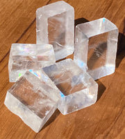 Optic Quartz Cubes