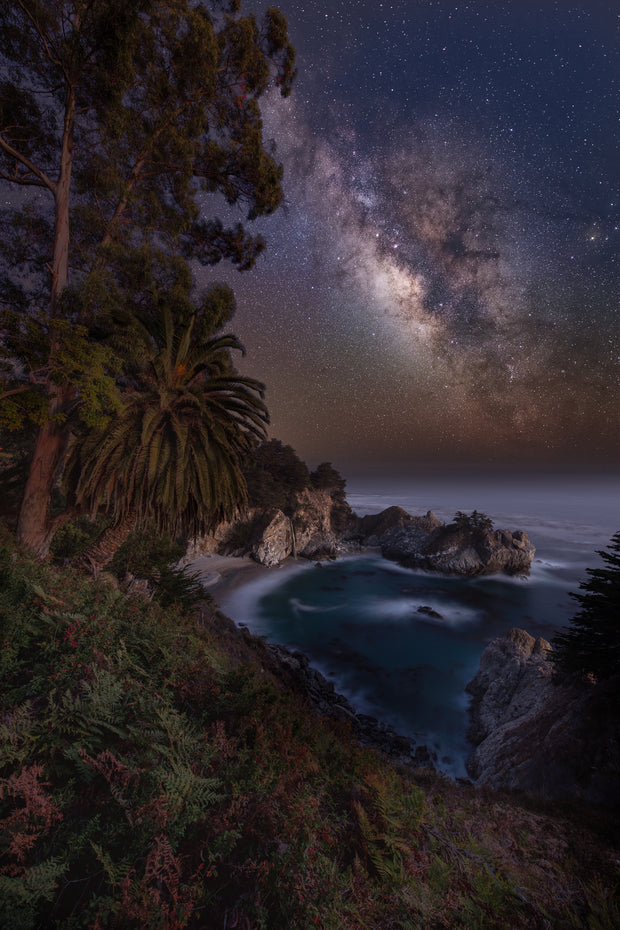 Mcway falls milky way photograph .