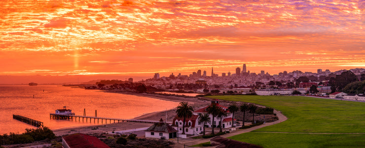 San Francisco Crissy Field sunrise pano
