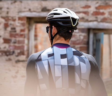 Typographical Cycling Kit