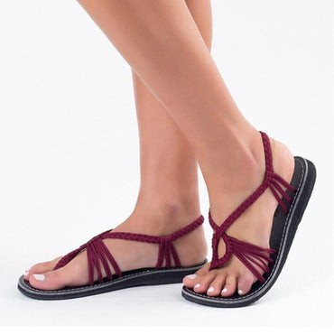 Summer Fashion Woman Strappy Shoe Comfortable Flat Sandals.