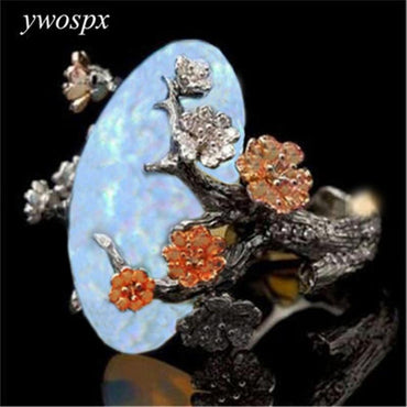 Vintage Black Gold Color Ring White Fire Opal Flower Rings For Woman.