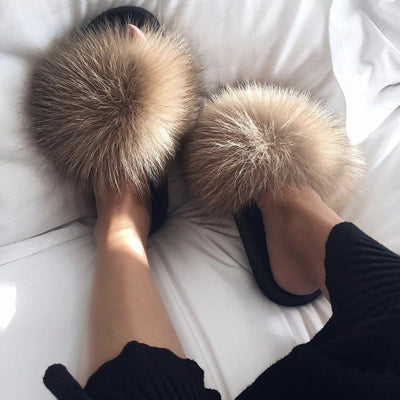 Fox Fur Sliders - FashionAngelz