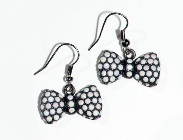 BOW/Black-Chalk White Stone: Earrings