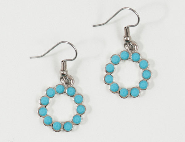 SCALLOPED CIRCLE Turquoise Stone: Earrings