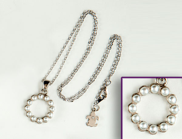 SCALLOPED CIRCLE Pearl Stone: Necklace
